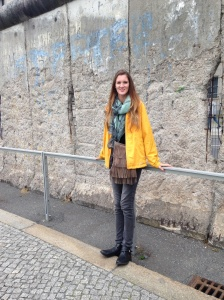 Catherine at the Berlin Wall